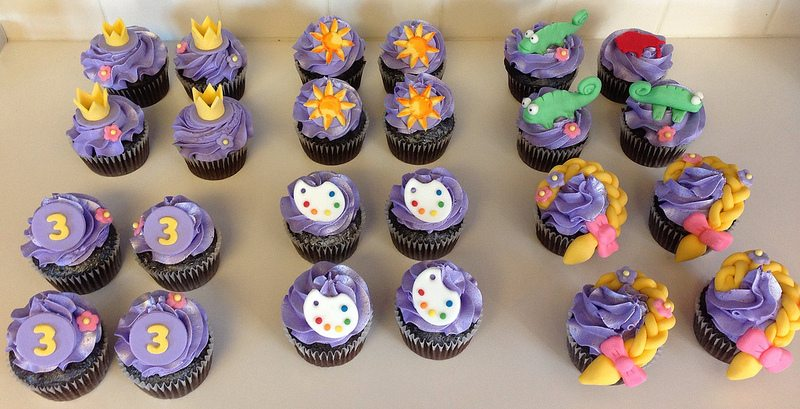 all the tangled cupcakes.