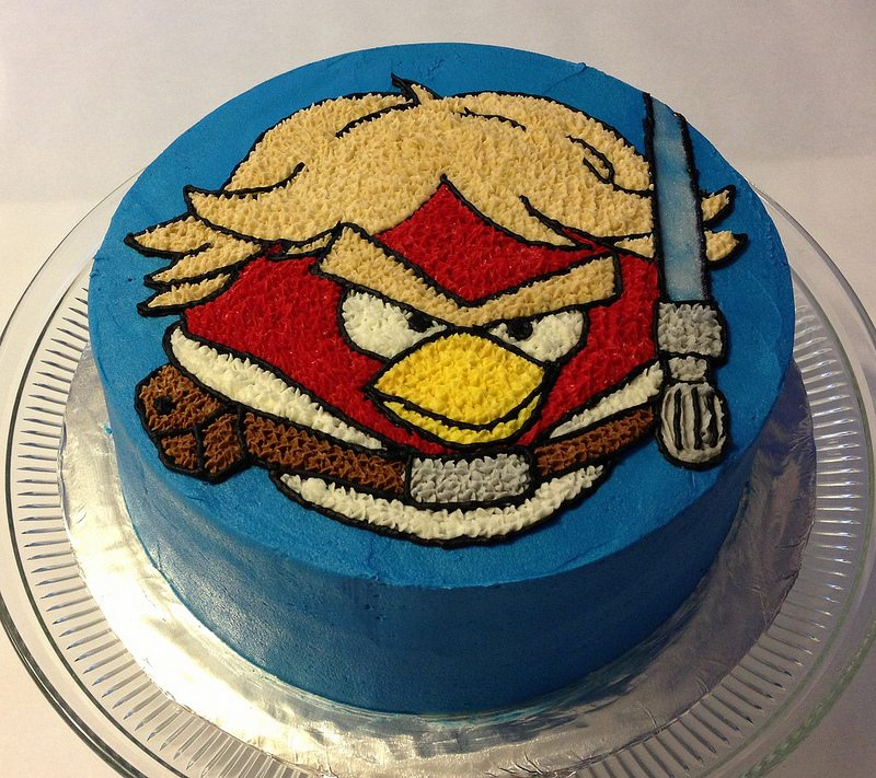 Star Wars angry birds cake.