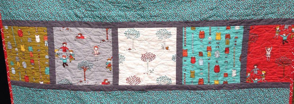 little apples baby quilt.