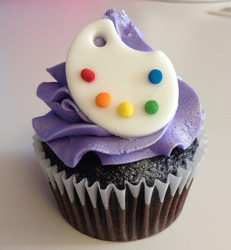 tangled cupcake. pallette.