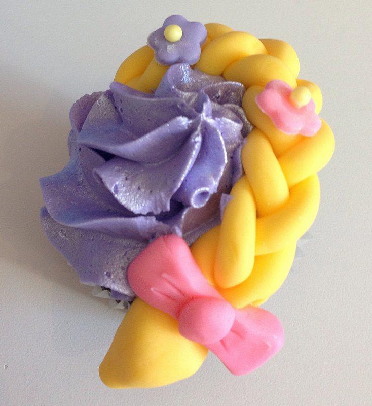 tangled cupcake. hair.